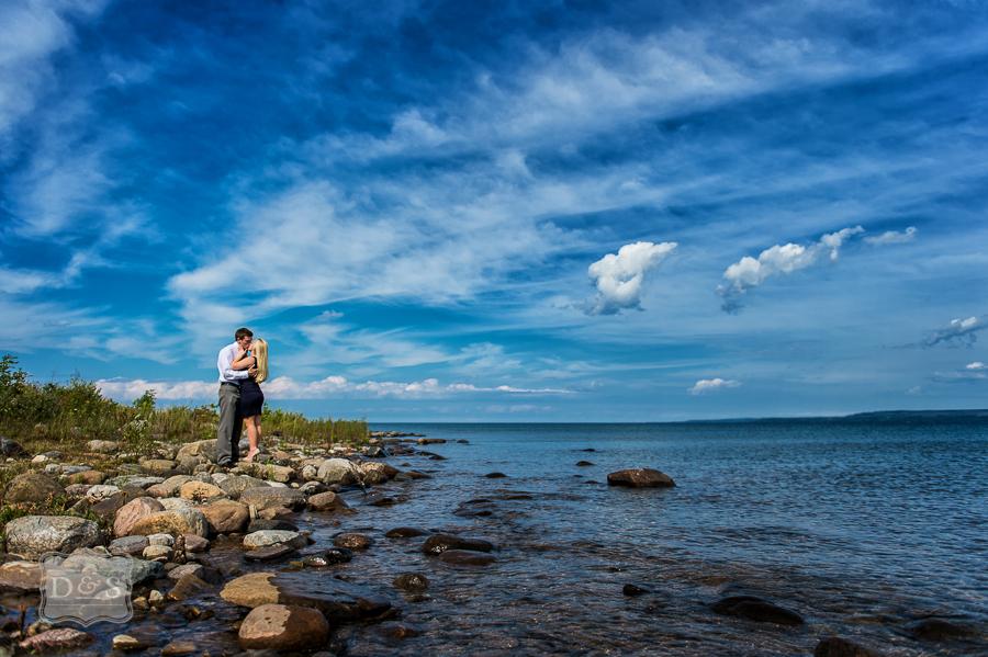 Cobble_Beach_Owen_Sound_Engagement_006
