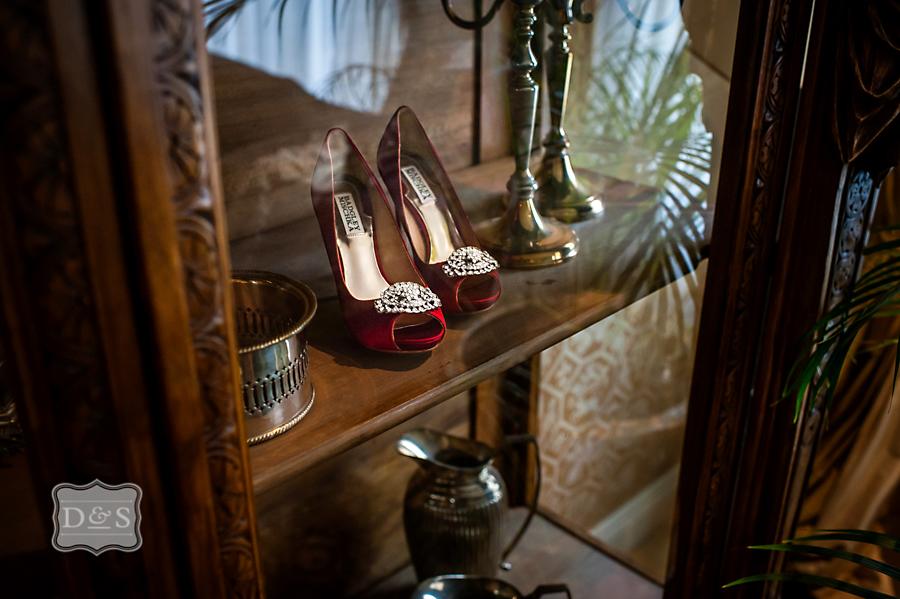 Graydon_Hall_Manor_Fall_Wedding_008