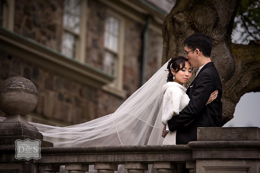 Graydon_Hall_Manor_Fall_Wedding_039