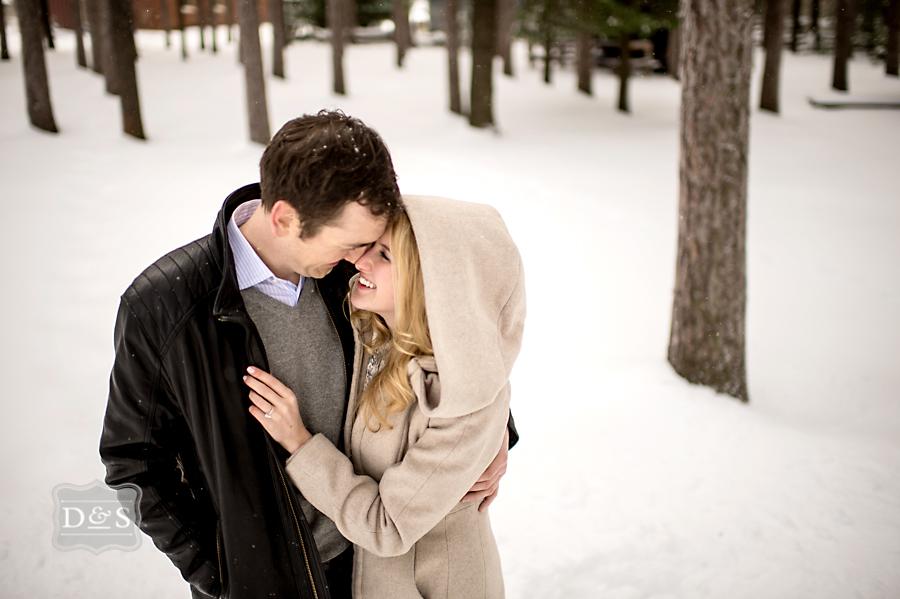 barrie_winter_engagement_photos_014