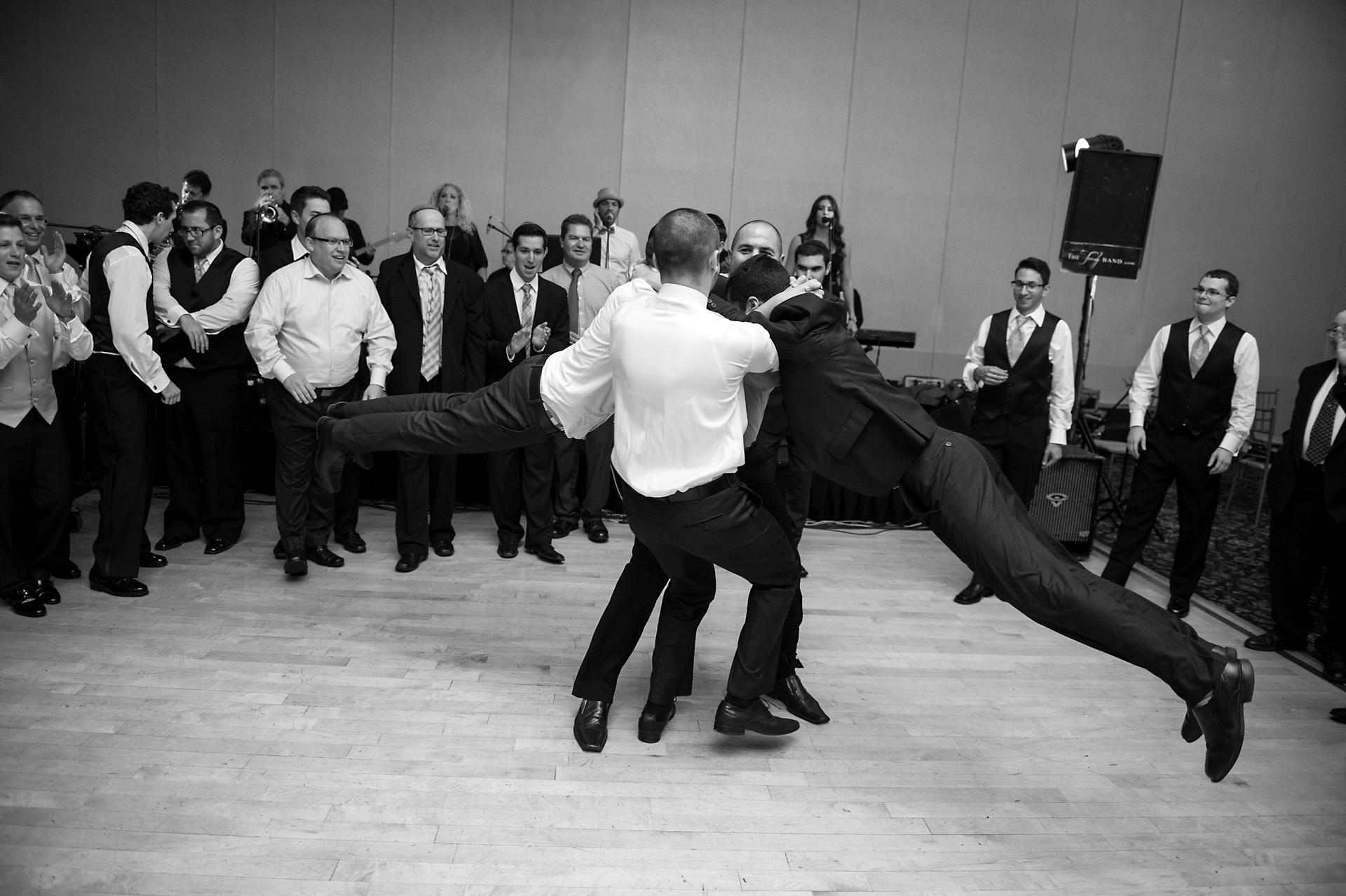 Bryan & Eden | Le Jardin Wedding | Toronto Wedding Photographers 039