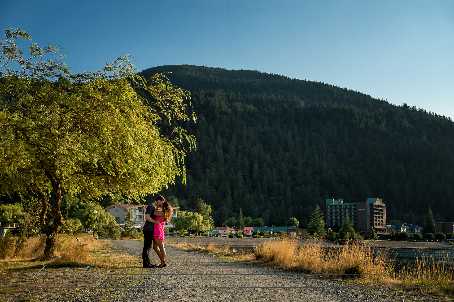 Othello Tunnels Harrison Lake Engagement Photos_ (12)
