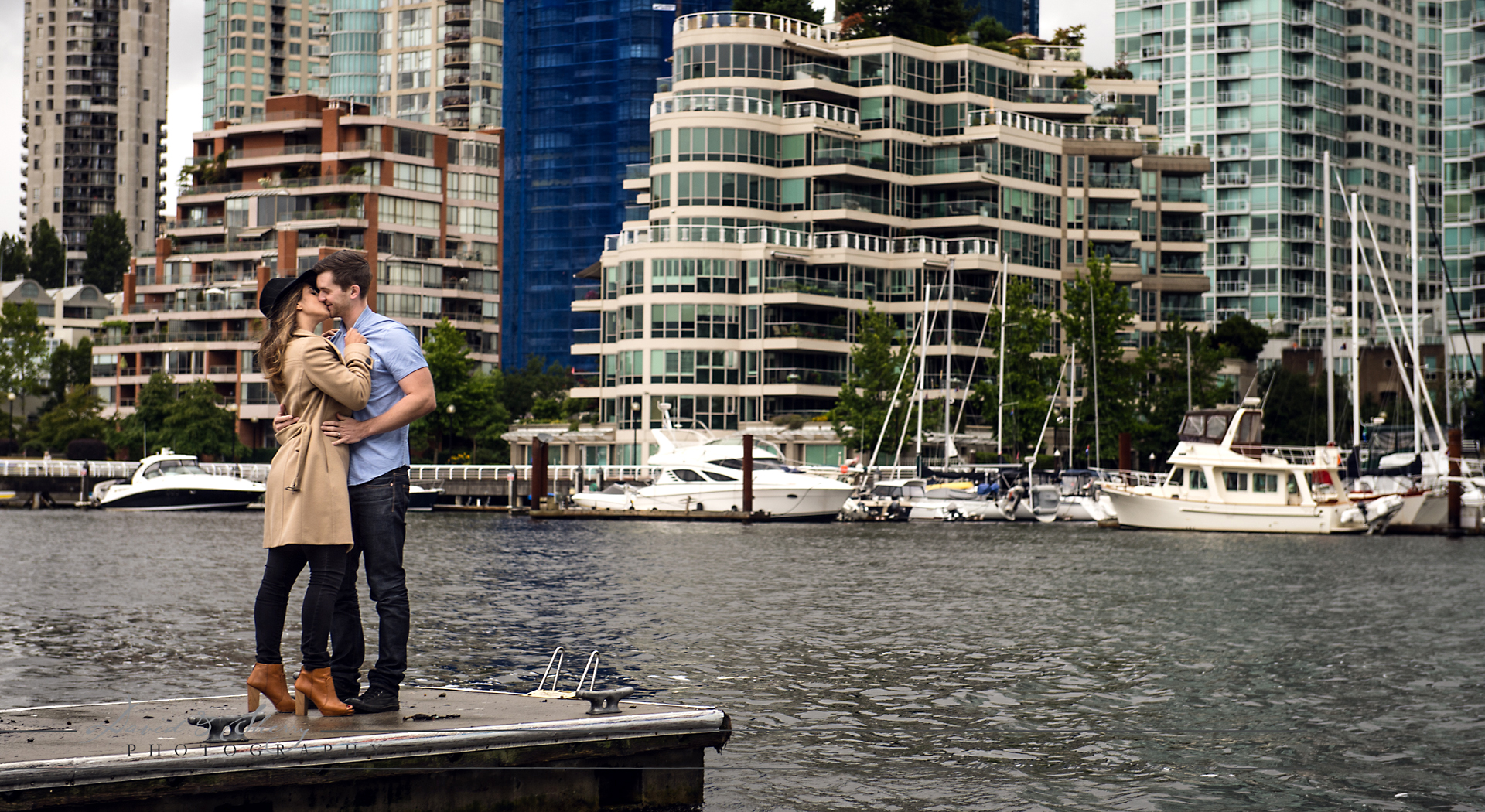 Vancouver_Engagement_Photos_ (4)