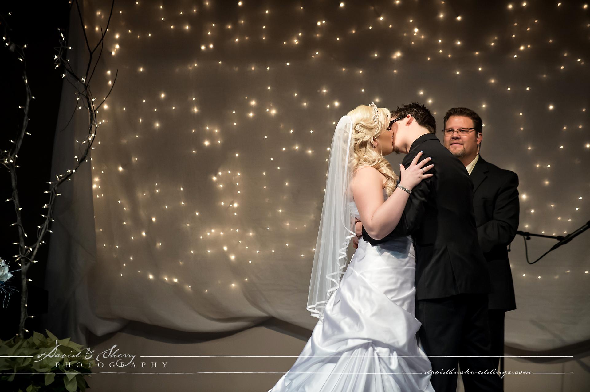 Abbotsford_Wedding_Photography_Secret_Garden_14