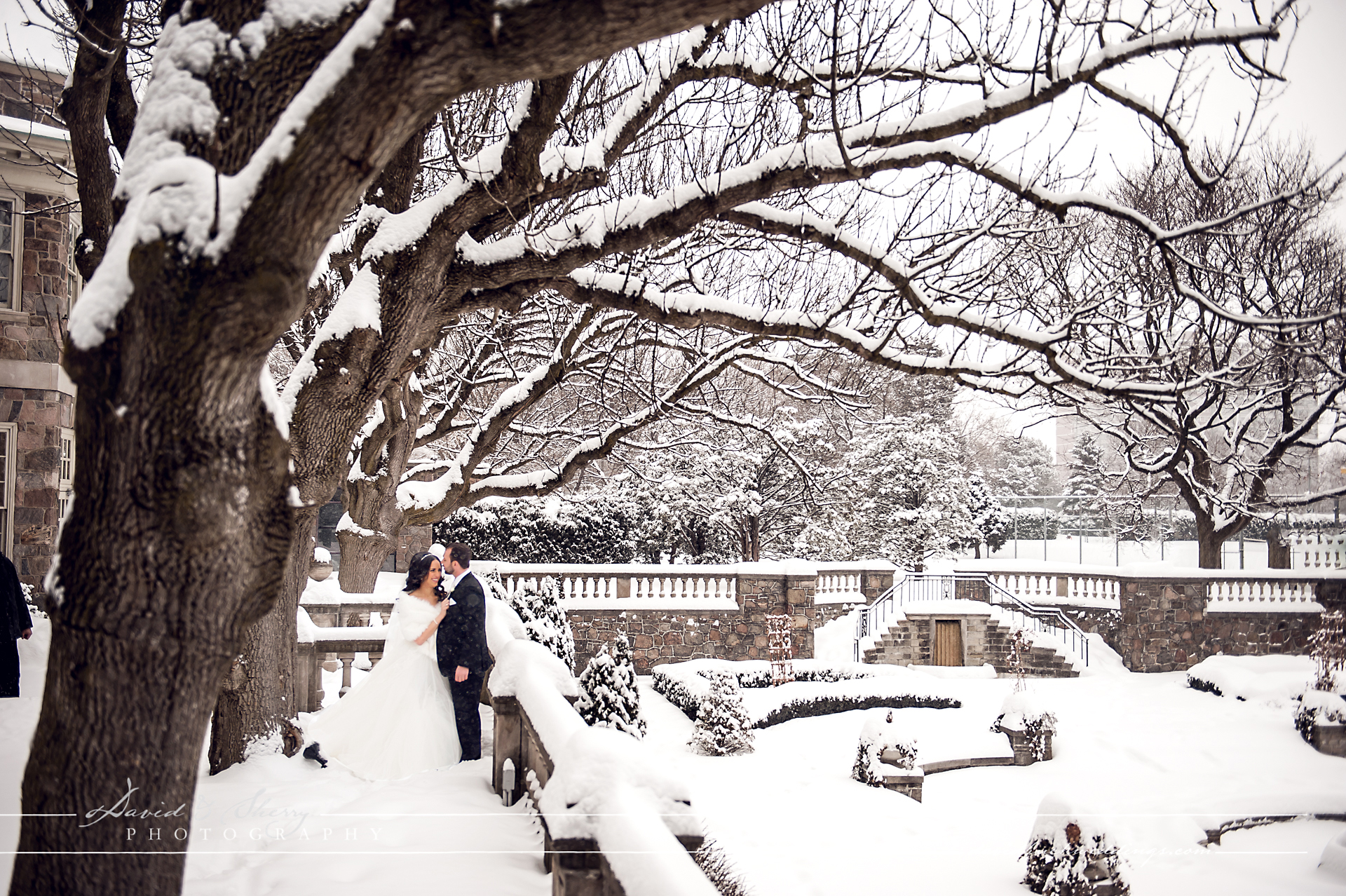 Graydon_Hall_Winter_Wedding_01