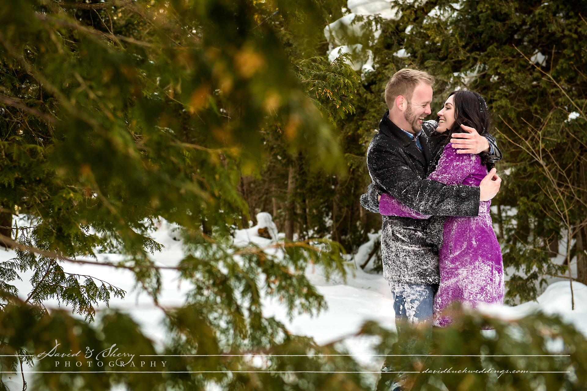 winter_engagement_photos_frozen_lake_20