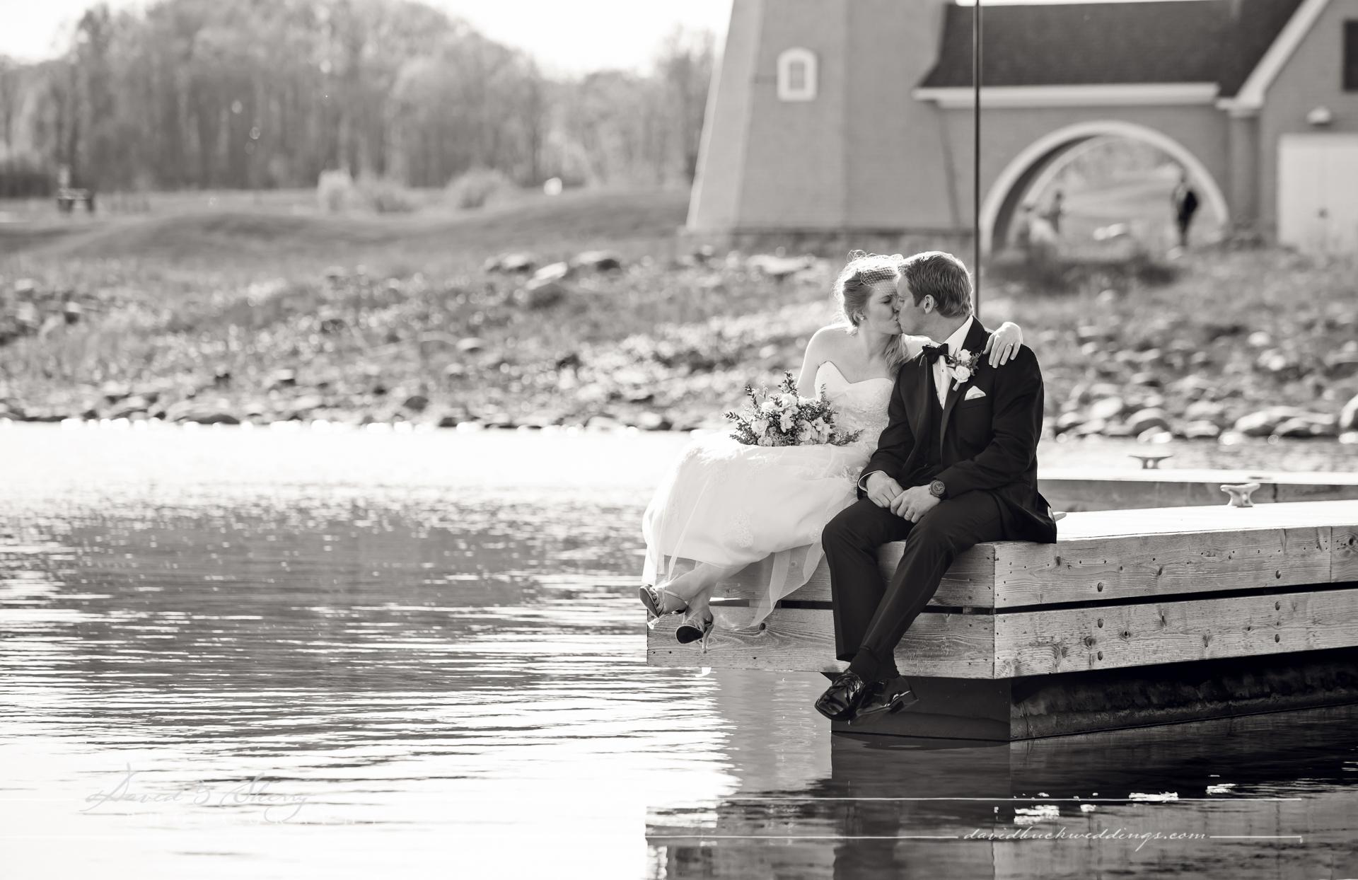 Cobble_Beach_Wedding_Photography_22