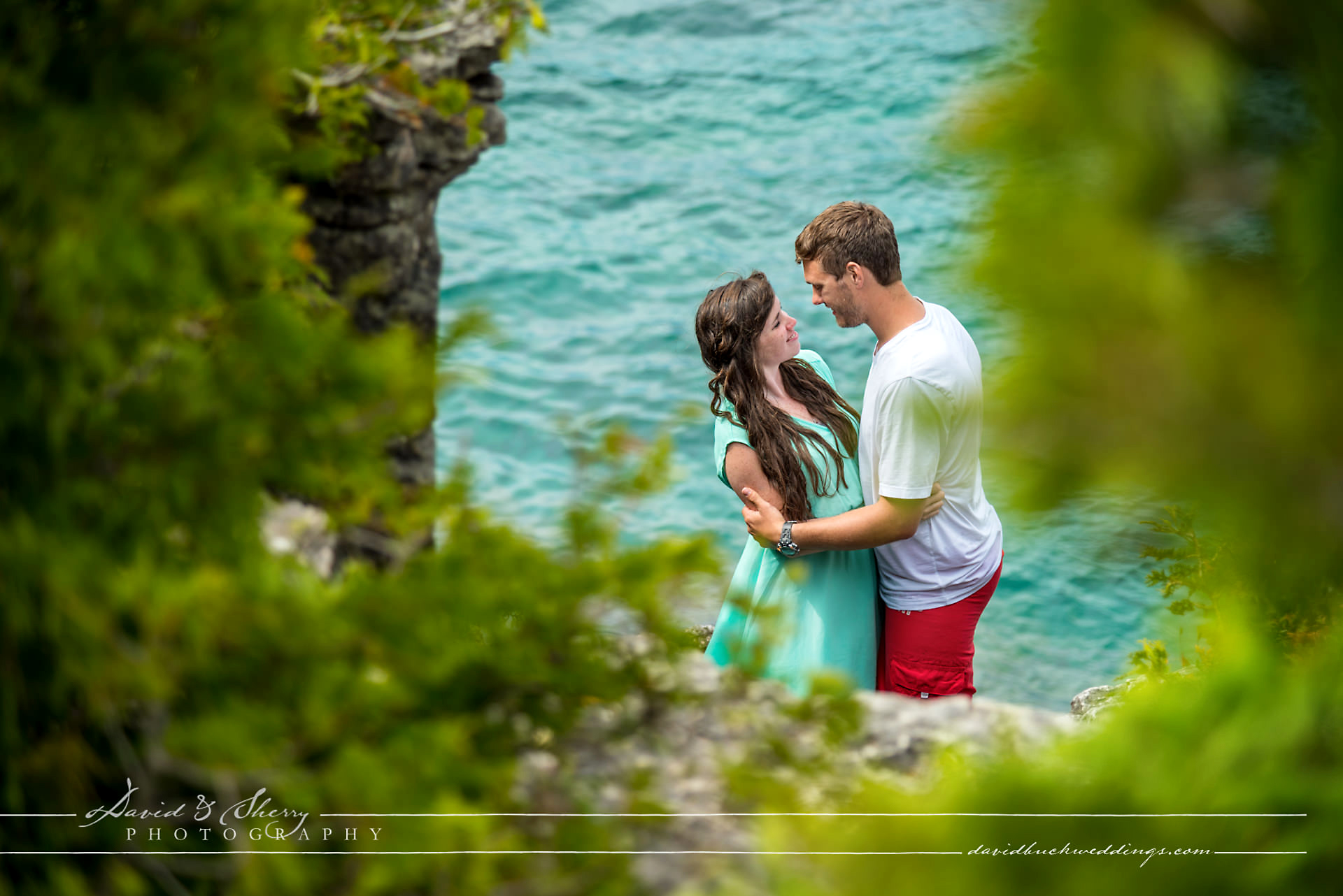 grotto_engagement_photos_03