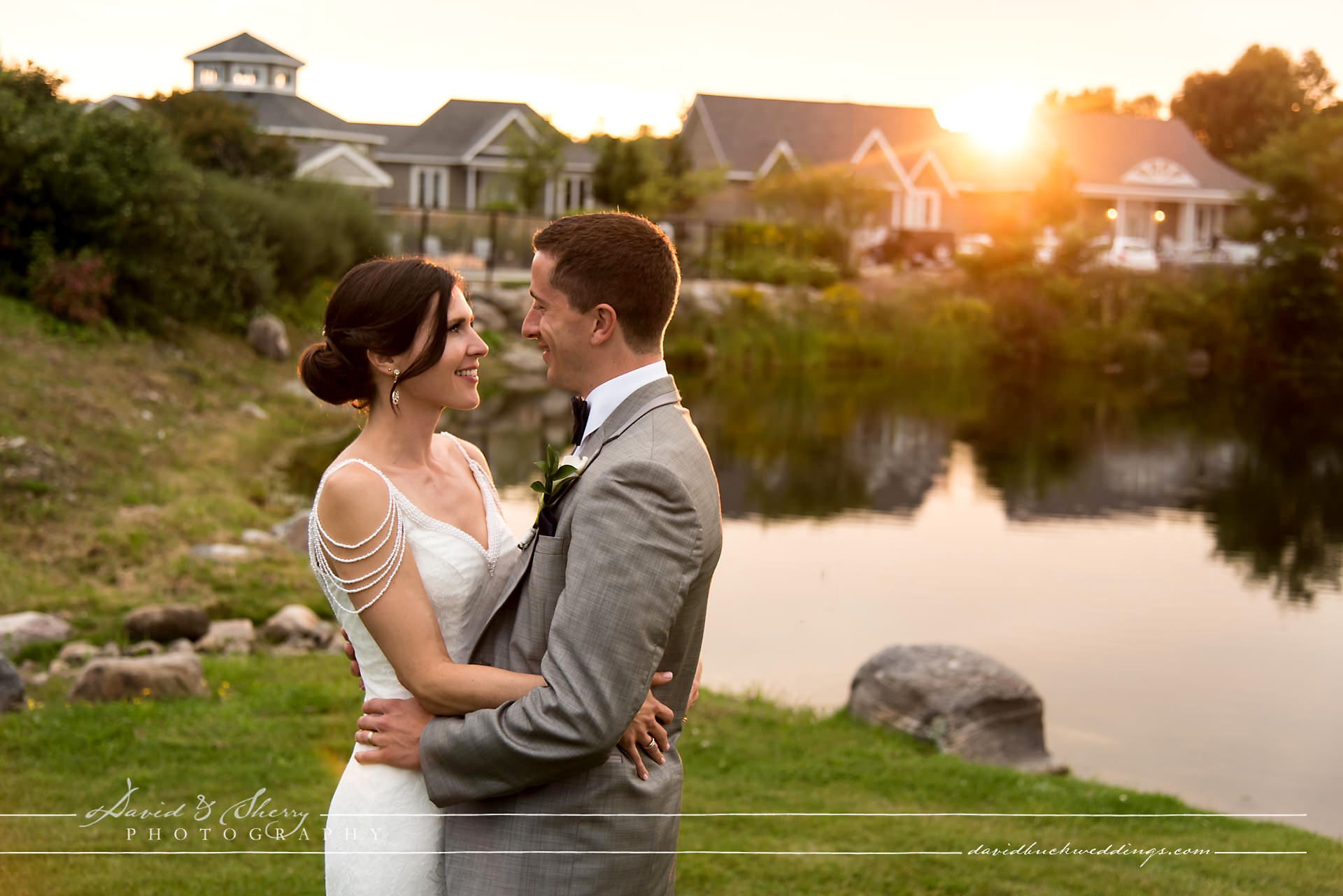 Cobble_Beach_Wedding_Photography_001