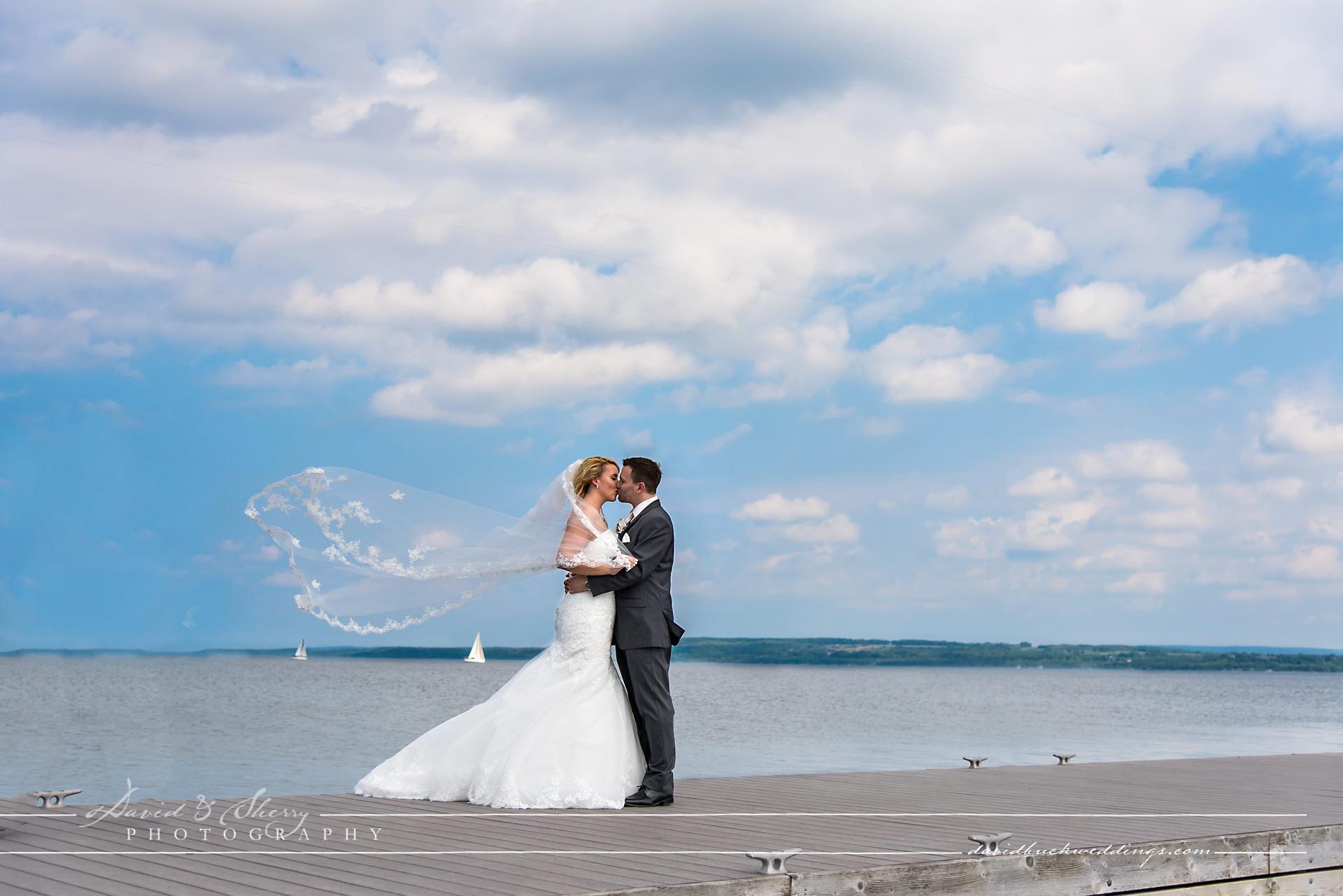 Cobble_Beach_Wedding_Photography_010
