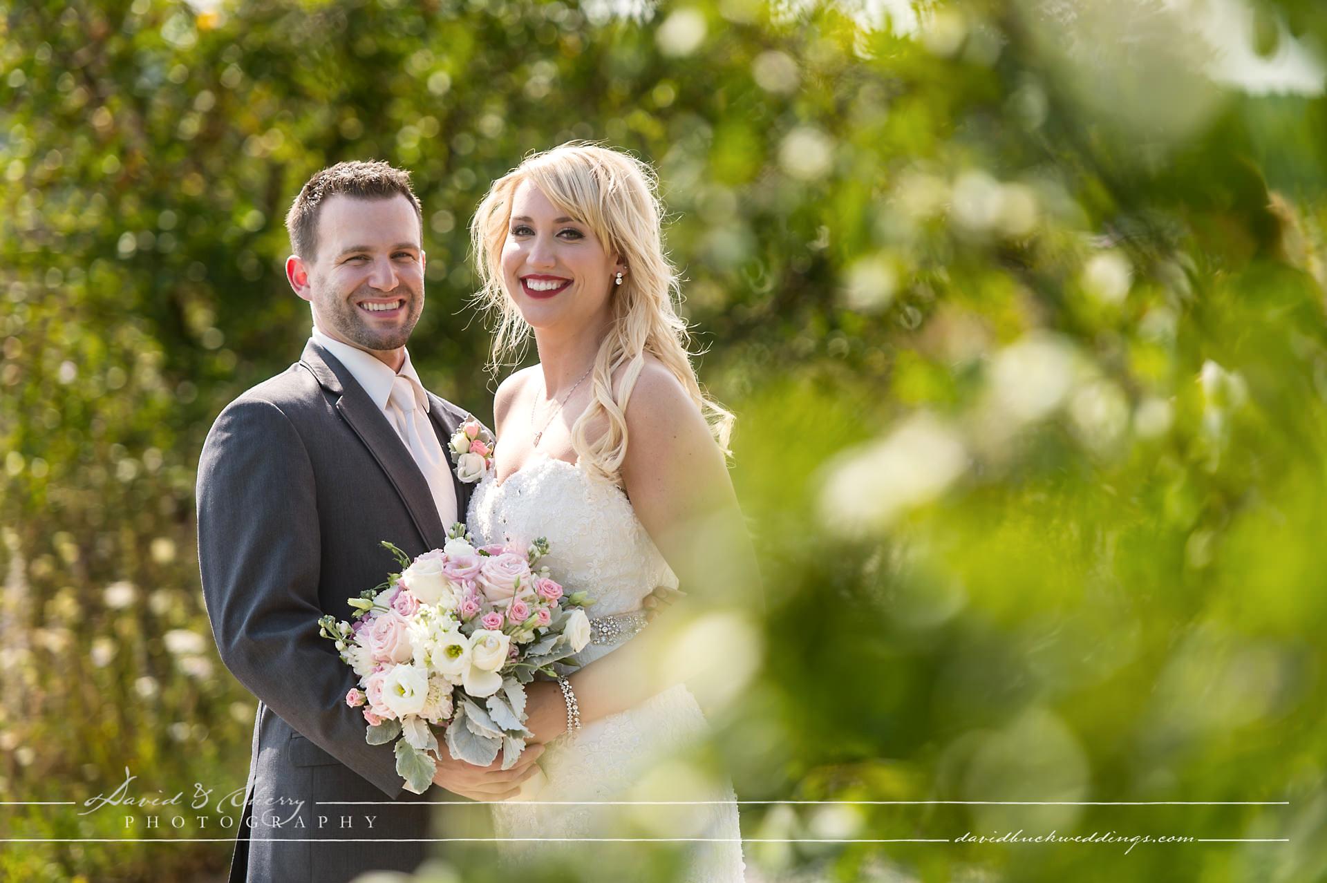 Cobble_Beach_Wedding_Photography_013