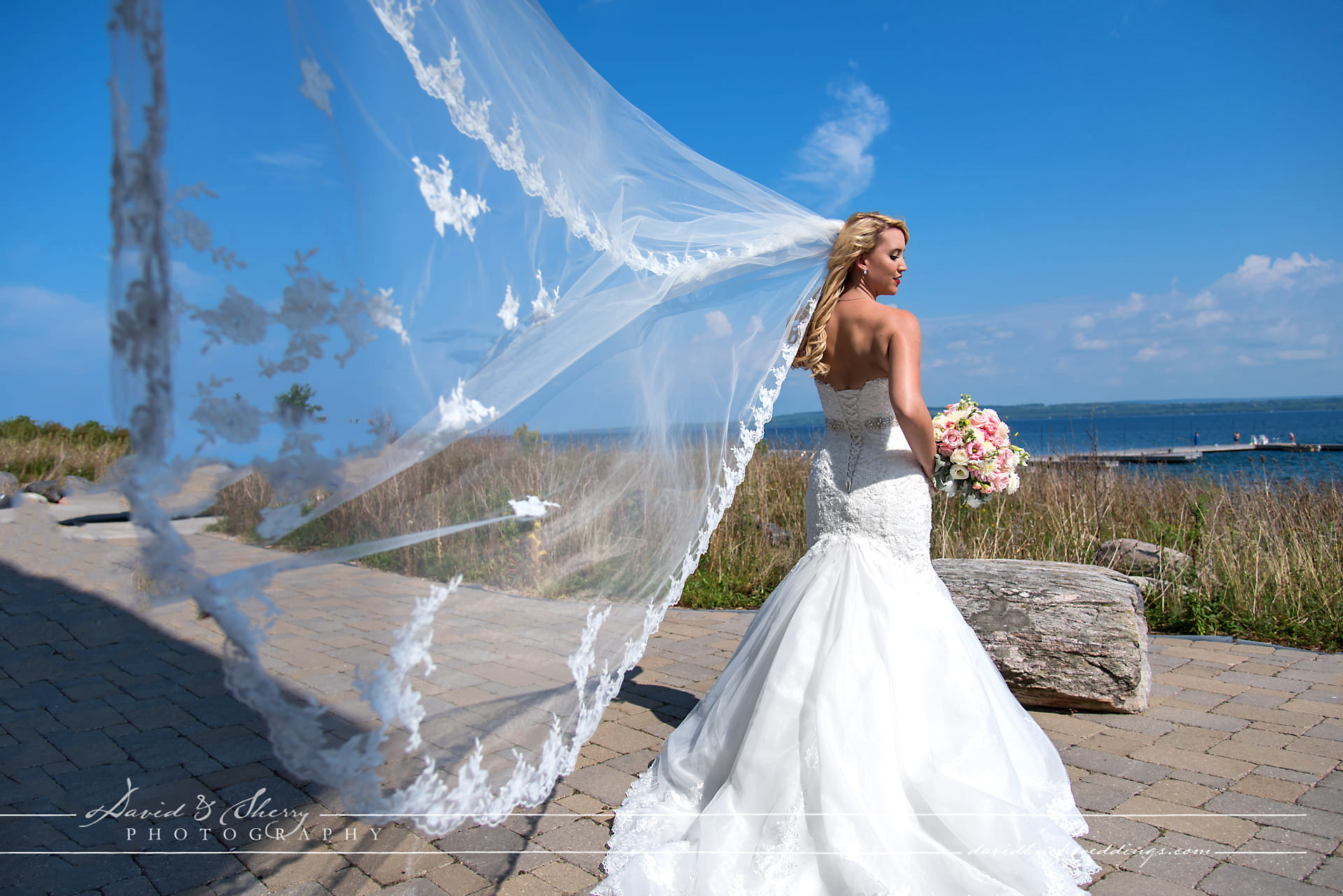 Cobble_Beach_Wedding_Photography_015