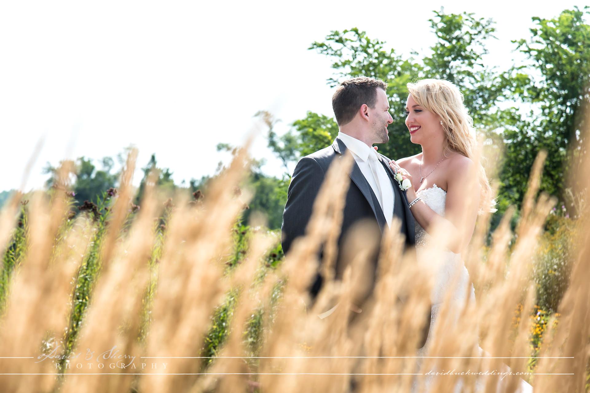 Cobble_Beach_Wedding_Photography_019